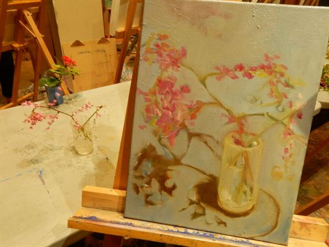 Painting-flowers-with-oils.jpg